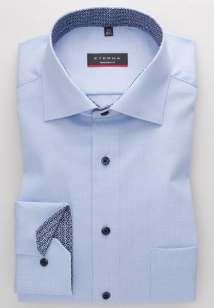 Eterna Hemd MODERN FIT STRUKTUR hellblau mit Classic Kent Kragen in moderner Schnittform